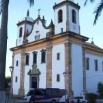 Dom Walmor celebra missa em homenagem a Monsenhor Domingos