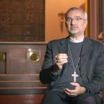 entre_o_ceu_e_a_terra_dom_joao_justino_de_medeiros_silva_igreja_catolica
